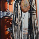 Eric Vanasse, « Cordages », huile sur toile, 48 x 30